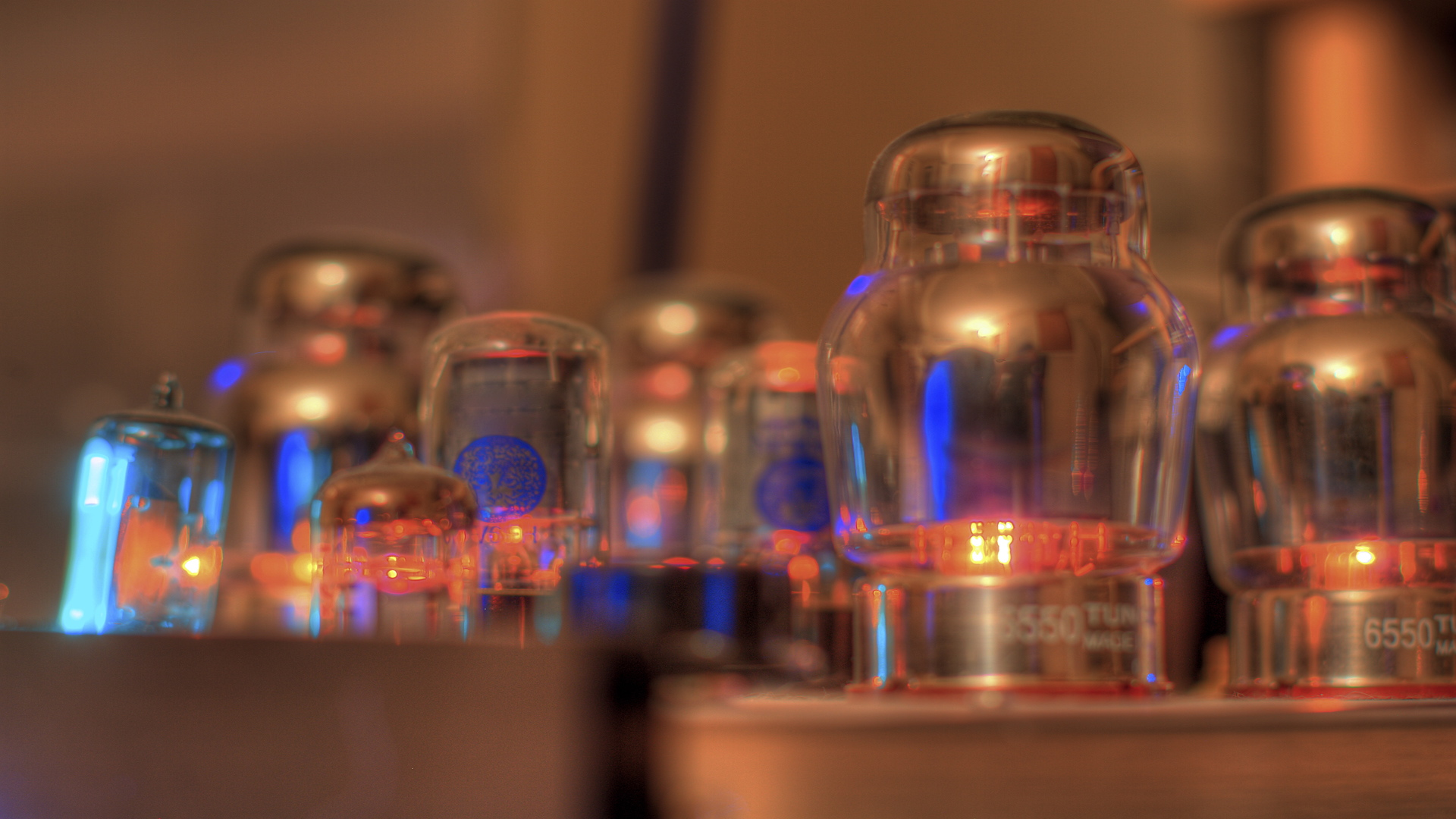 Tube_Amplifier1080