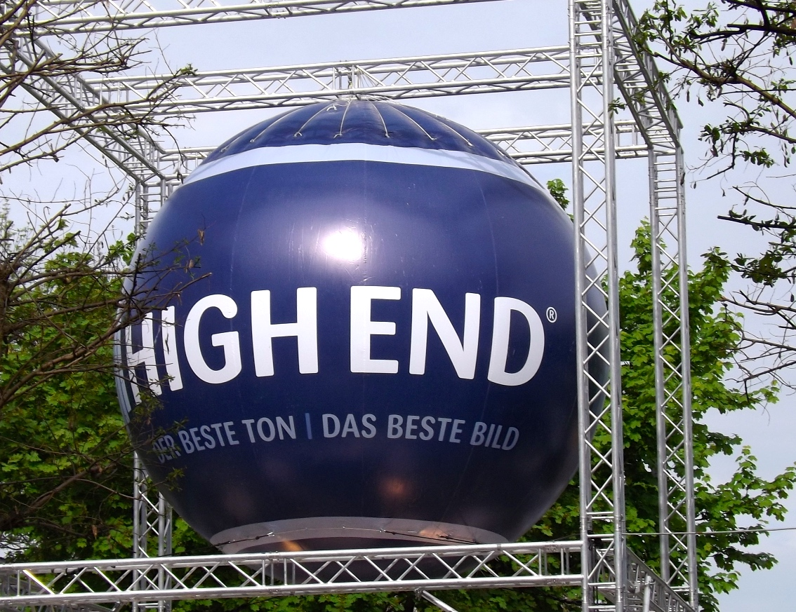 High-end-show